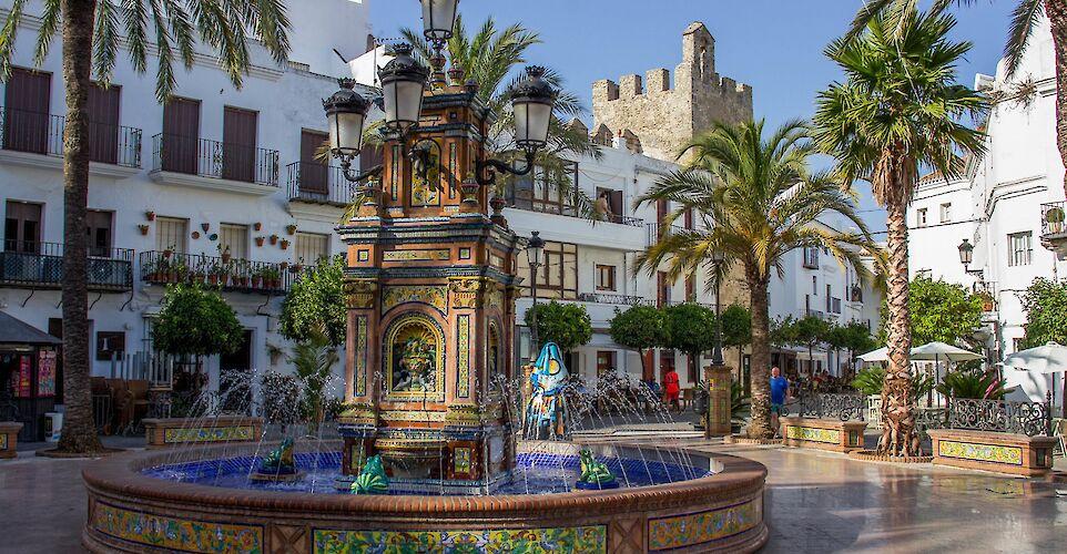 Mosaic fountain in the main square, Vejer de la Frontera, Cádiz, Spain. Flickr:Eneko Bidegain