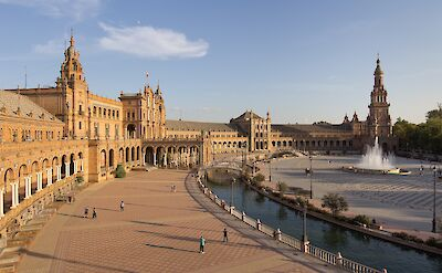 Possible extended stay by Plaza de España, Sevilla, Andalusia, Spain. CC:Carlos Delgado