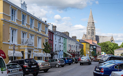 Main street in Clifden, Ireland. Wikimedia Commons:Joachim Kohler Bremen