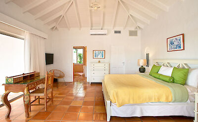 Dayo Bedroom 2