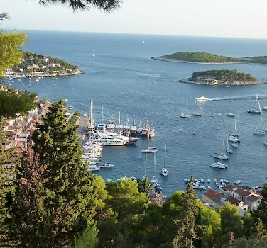The harbor of Hvar, Croatia - photo by Hubert Schledt