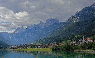 Gorgeous lakeside towns in Belluno, Italy. Flickr:Navin Rajagopalan