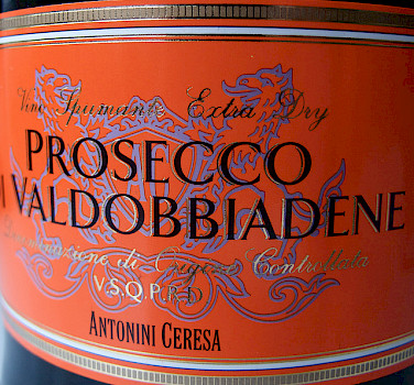 Delicious Prosecco Valdobbiadene wine from local Valdobbiadene, Italy! Photo via Flickr:plindberg