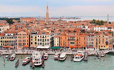 Grand Canal in Venice, Veneto, Italy. Photo via Flickr:Tambako the Jaguar