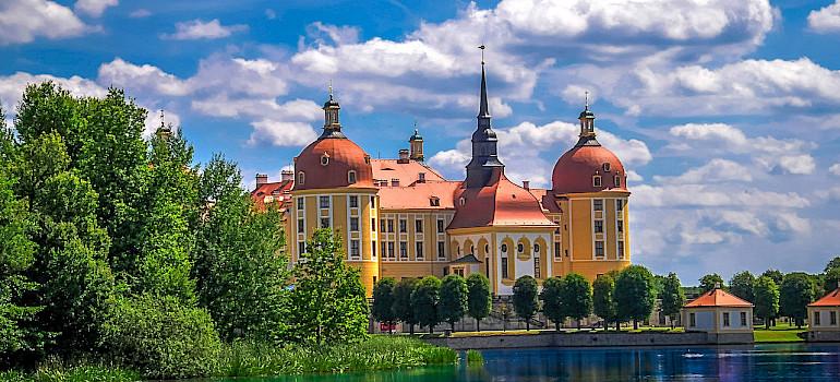 Schloss Moritzburg, north of Dresden in Saxony, Germany. Flickr:Heribert Pohl