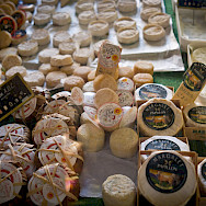 Cheese for sale in Les Baux de Provence, France. Flickr:x1klima