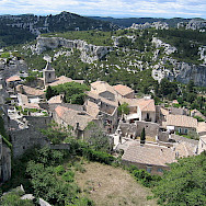 Cycle up to Les Baux de Provence and discover this amazing little town and old Fort. Photo:Henri Bergius