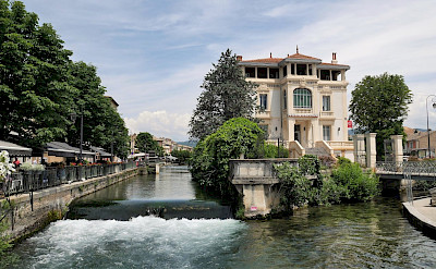 L'Isle-sur-la-Sorgue in France. Flickr:Julien Maury