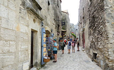 Shops in Les-Baux-de-Provence, France. Flickr:Ming-Yen Hsu