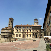 Florencia a Roma- Tour Auto guiado Foto