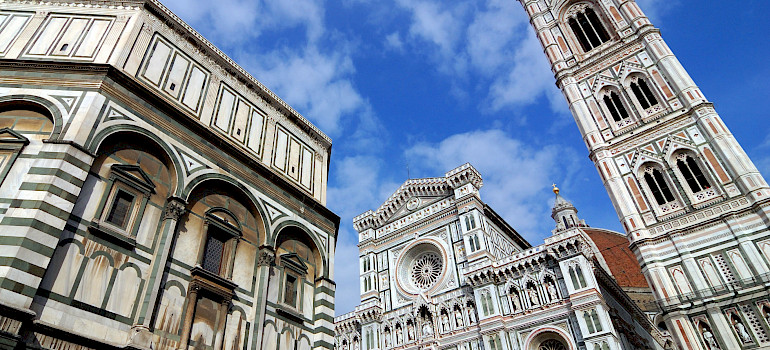 Florence is an architectural wonder. Region Tuscany, Italy. Photo via Flickr:Rosino