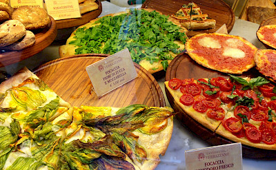 Focaccia's on the piazzas of Florence, Tuscany, Italy. Flickr:Joy