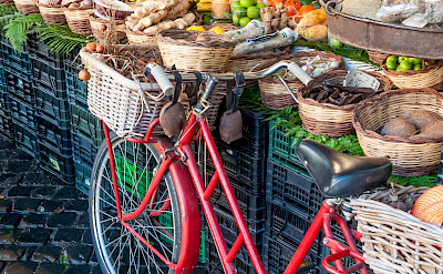 Fruit market in Rome, Italy. Flickr:Marco Verch Professional
