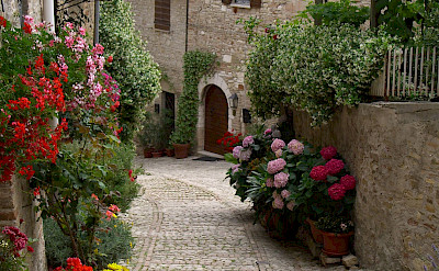 Cobblestoned streets in Montefalco, Umbria, Italy. Flickr:Deanna Keahey