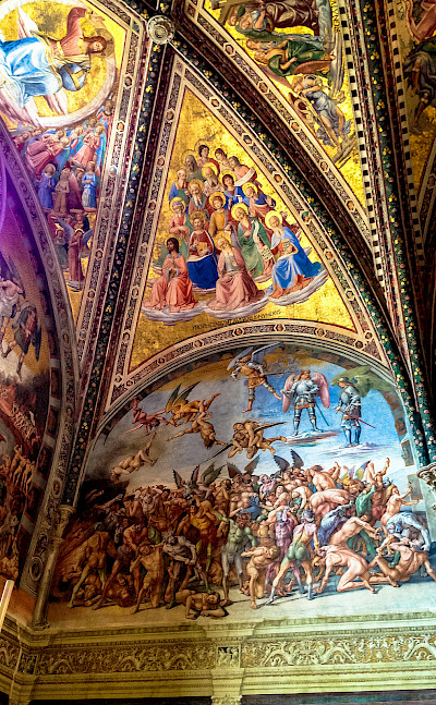 Gorgeous frescos in the churches of Umbria, Italy. Flickr:Andy Hay