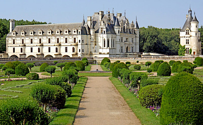 Château de Chenonceau on the Cher River near Chenonceaux, France. Flickr:Dennis Jarvis