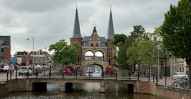 Great architecture along the Elfstedentocht or 11-City Tour in Friesland, the Netherlands. Photo via Flickr:Ronald van der Graaf
