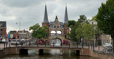 Great architecture along the Elfstedentocht or 11-City Tour in Friesland, the Netherlands. Photo via Flickr:Ronald van der Graaf