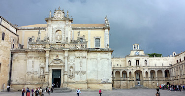 Baroque architecture in Lecce, Puglia, Italy. Photo via Flickr:pululante