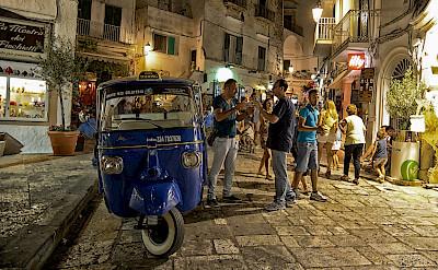 Locals in Ostuni, Puglia, Italy. Flickr:David Talens
