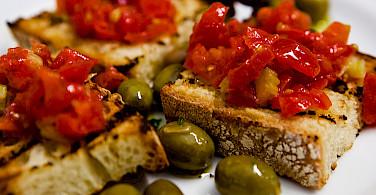Pane e Pomodori in Puglia, Italy. Photo via Flickr:Caspar Diederik