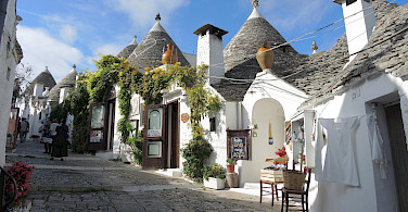 The famous <i>trulli</i> in Alberobello, Puglia, Italy. Flickr:Guldem Ustun
