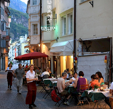 Evening out in Bolzano, Italy. Flickr:Michael Behrens