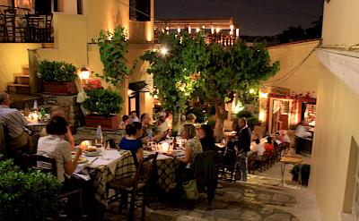 Dining out in Athens, Greece. Flickr:MonikaMonika