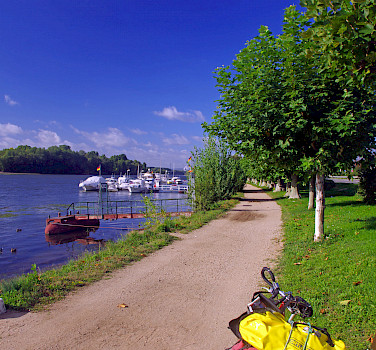 Eltville on Rhine River, Germany. Photo via TO
