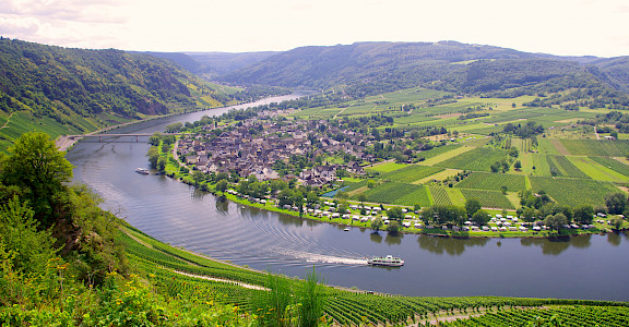 Along the Mosel River on Koblenz to Saarburg Germany Bike Tour. Photo via TO