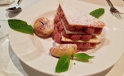 Dessert in Switzerland. Flickr:Olivier Bruchez