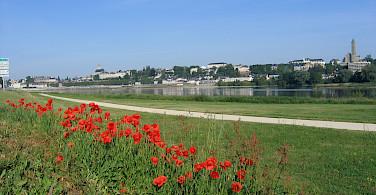 Bike path along the Loire River in Blois. Photo courtesy Tour Operator.
