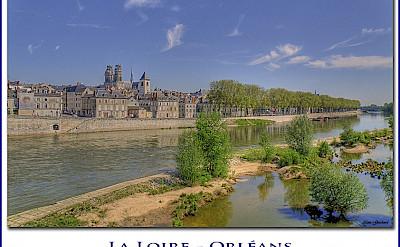 Orléans and La Loire. Flickr:@lain G