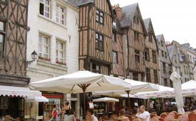Market day in Tours, the largest city in the Loire Valley region of France. Photo courtesy TO