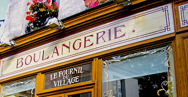 Boulangerie awaits in France! Flickr:Paolo Trabattoni