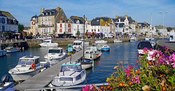 Harbor in Le Croisic, France. Flickr:Daniel Jolivet
