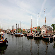 Harbor in Spakenburg-Bunschoten. Photo via Flickr:bert knottenbeld