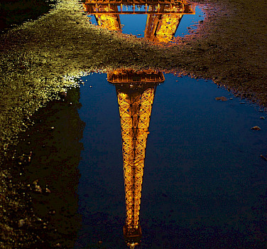 Eiffel Tower - photo via Flickr:luc.viatour
