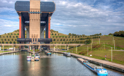 The famous boat lift in Strépy-Thieu, France. Flickr:Jimmy Lux