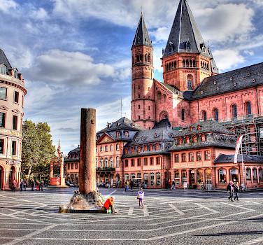Hohe Domkirche in Mainz, Rhineland-Palatinate, Germany. Photo via Flickr:Polybert49