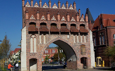 Gothic Town Gate in Malchin, Germany. Photo via Wikimedia Commons:Ch Pagenkopf