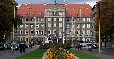 See the City Hall in Szczenin on your cycle tour - photo by Remigiusz Jozefowicz