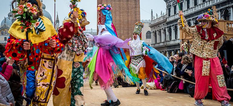 Mantua a Venecia o Venecia a Mantua