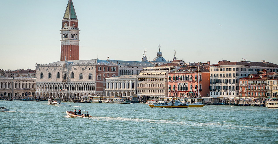 Biking the Mantova to Venice Bike & Boat Tour in Italy. ©Photo via TO