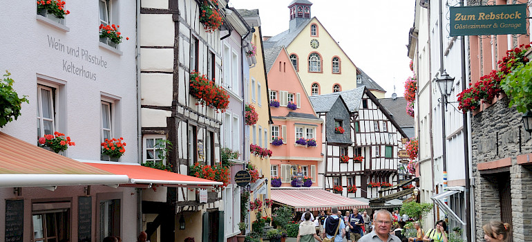 Shopping in Bernkastel-Kues, Germany along the Mosel River. Photo via Flickr:Franz-Josef Molitor