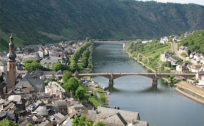 Cochem on the Moselle River in Rhineland-Palatinate, Germany. CC:Olavfin