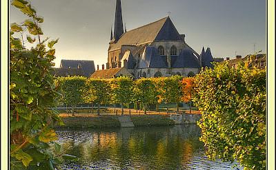 Eglise on the Canal du Loing, Nemours, France. Flickr:@lain G