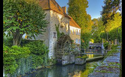 Canal du Loing, Nemours, France. Flickr:@lain G