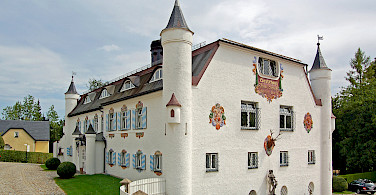 Gorgeous architecture near Chiemsee in Bavaria, Germany. Photo via Flickr:Pixelteufel