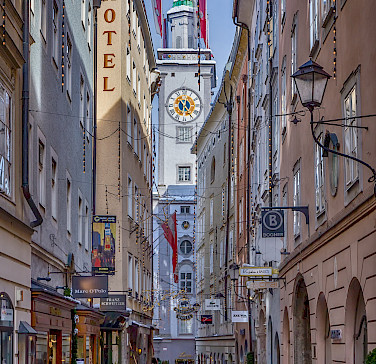 The famous Sigmund Haffner Gasse in Salzburg, Austria. Photo via Flickr:Voker Kannacher
